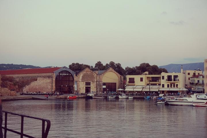 port chania 2