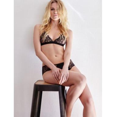 soutien-gorge-triangle-iconic-icone-noir-50995_500x500