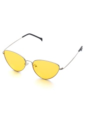 http://fr.romwe.com/Oval-Shaped-Flat-Lens-Sunglasses-p-221733-cat-695.html