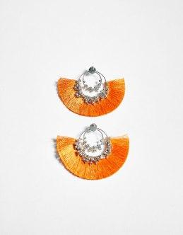 https://www.bershka.com/fr/femme/accessoires/bijoux-fantaisie/boucles-d%27oreilles-à-franges-c1010193140p101553527.html?colorId=615