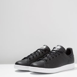 https://www.zalando.fr/adidas-originals-stan-smith-baskets-basses-core-blacksilver-metallic-ad116d0cd-q11.html