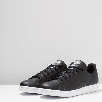 https://www.zalando.fr/adidas-originals-stan-smith-baskets-basses-core-blacksilver-metallic-ad116d0cd-q11.html