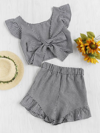 https://fr.romwe.com/Gingham-Frill-Trim-Bow-Tie-Back-Top-With-Shorts-p-237638-cat-687.html